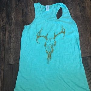 🌵 BOUTIQUE SKULL TANK TOP SIZE SMALL
